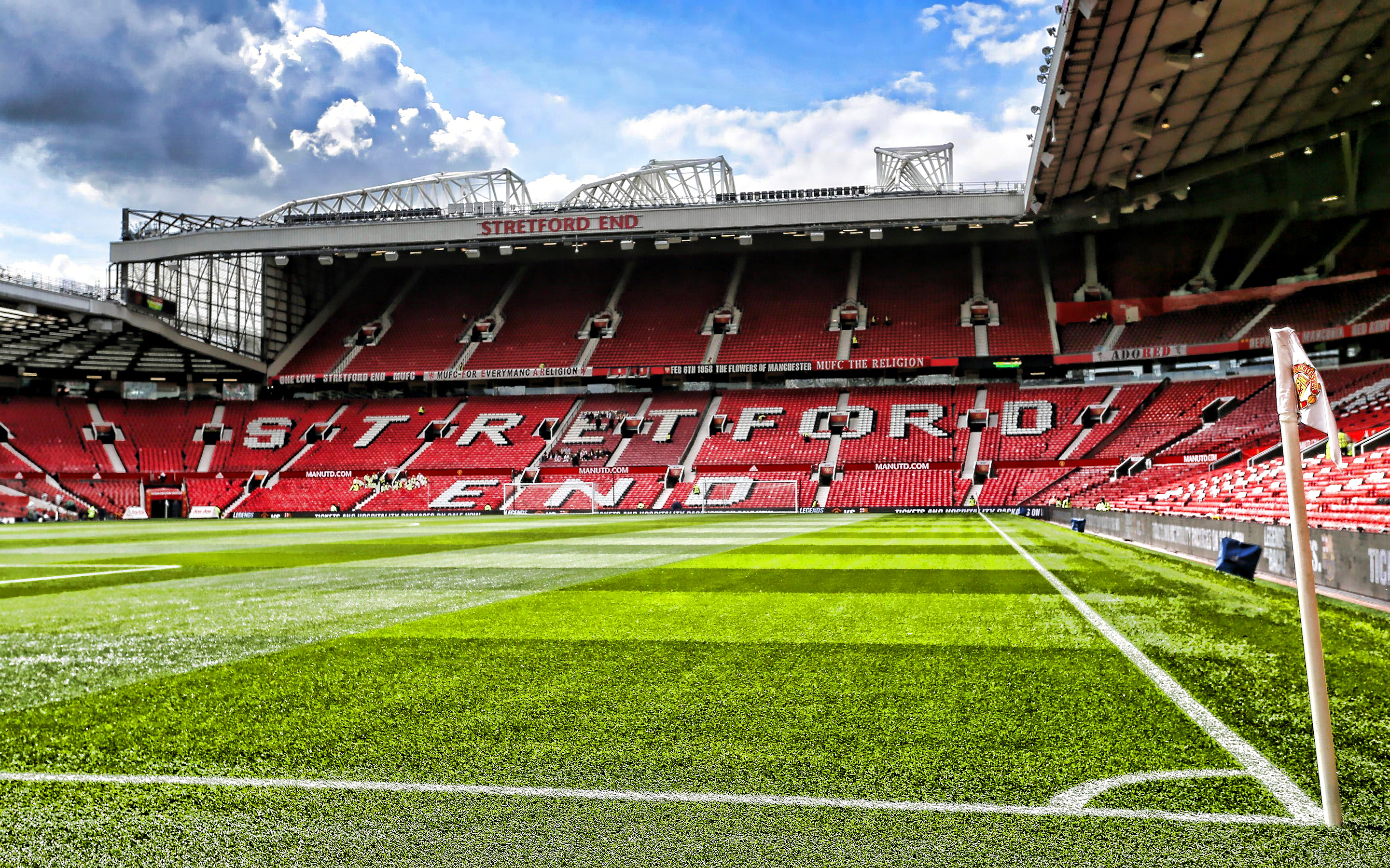 Man United S Old Trafford Stadium Hd Wallpapers For Pc Free Download